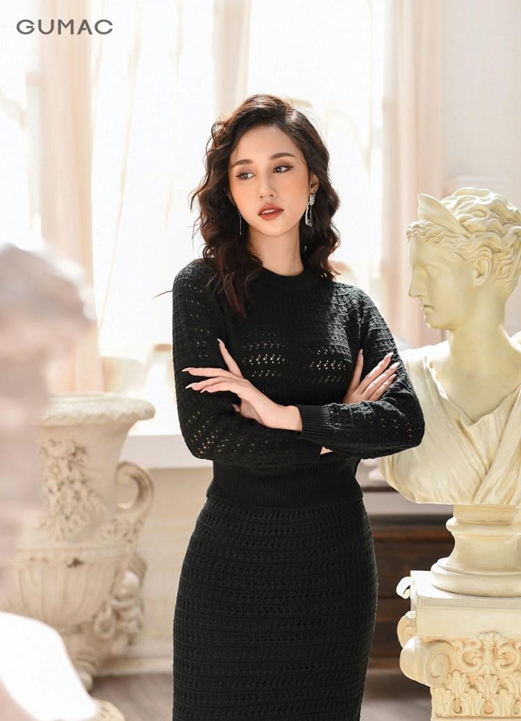 Áo len màu đen