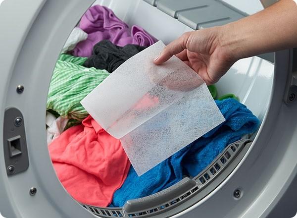Cách làm sạch quần jean không cần giặt
