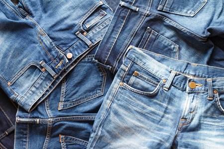 Quần jean bị bạc màu phải làm sao xử lý NHANH mà ĐƠN GIẢN