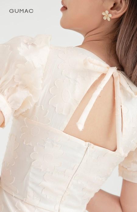 Đầm cổ vuông nhún tùng