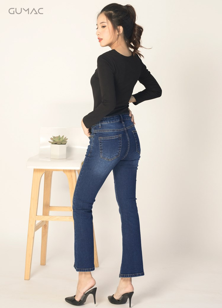 Kết hợp với quần jeans